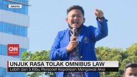 VIDEO: Demo Buruh Tolak Omnibus Law dan PHK Massal