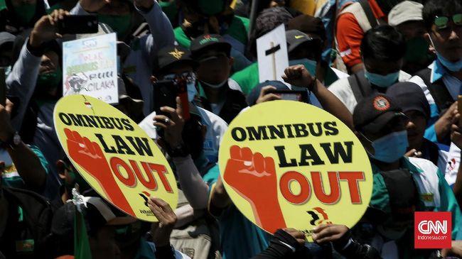 KSPI mengklaim mendapat dukungan buruh internasional dalam menolak UU Cipta Kerja. Penolakan masif diyakini akan menggerus investasi.
