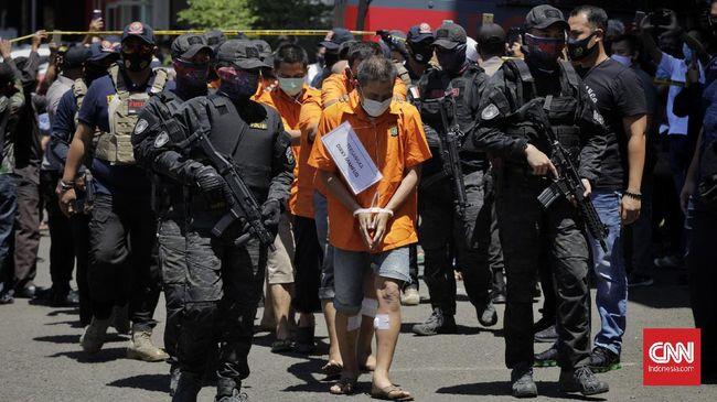 Dalang pembunuhan terhadap Sugianto, pemilik perusahaan di bidang pelayaran, dilaporkan pihak keluarga korban atas dugaan penggelapan pajak.
