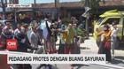 VIDEO: Untung Berkurang, Sayur Dagangan Dibuang ke Jalan