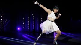 FOTO: Saat Penyandang Disabilitas Melenggang di Catwalk