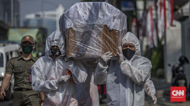 100 dokter yang meninggal itu sudah terkonfirmasi positif virus corona. Mereka tersebar di sejumlah daerah di Indonesia.