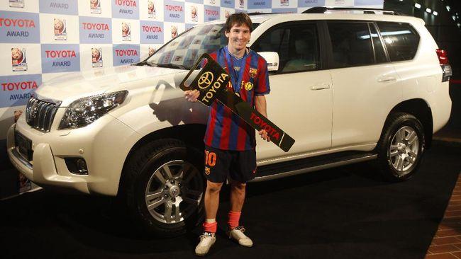 Messi sudah mengoleksi banyak mobil sejak berkarier di Barcelona mulai 2001, termasuk supercar dan model langka di dunia.