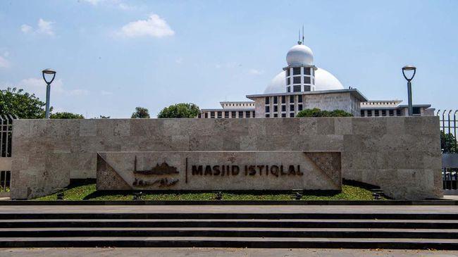 Masjid Istiqlal yang telah direnovasi dengan anggaran ratusan miliar diresmikan Presiden Joko Widodo pada Kamis (7/1).