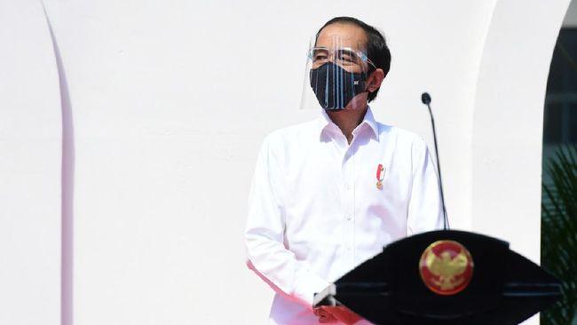 Presiden Jokowi memaparkan sejumlah bantuan yang telah diberikan di tengah pandemi virus corona.