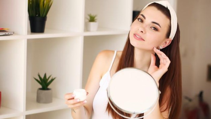 Kenapa Perlu Menggunakan Skincare yang Sudah BPOM?