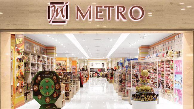 Hampir seluruh produk pakaian, kosmetik, parfum, tas, sepatu branded hingga perlengkapan rumah tangga diberikan promo diskon besar-besaran hingga akhir Agustus.