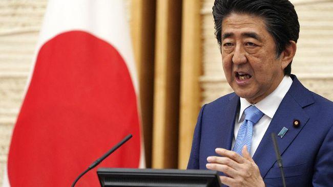 Eks PM Jepang Shinzo Abe sempat mempopulerkan istilah 'Abenomics'. Istilah ini mengacu pada kebijakan ekonomi yang dijalankan saat kepemimpinannya.
