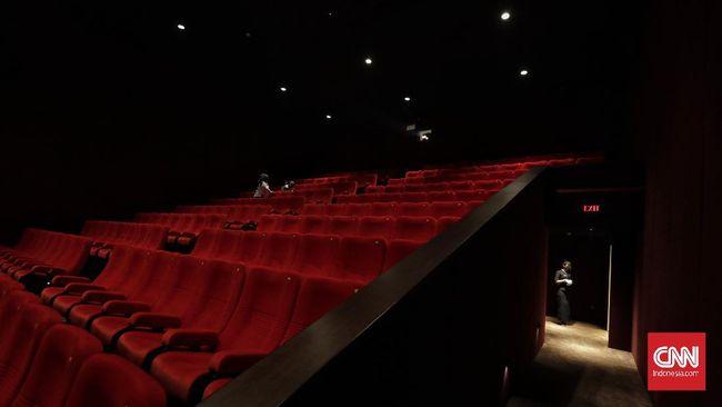 Pendapatan bioskop secara global diproyeksikan bisa anjlok hingga 66 persen karena pandemi virus corona.