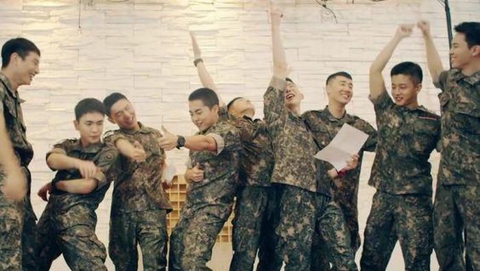 Kembali Tahun Ini! Berikut Idol Kpop Pria yang Akan Menyelesaikan Wajib Militer