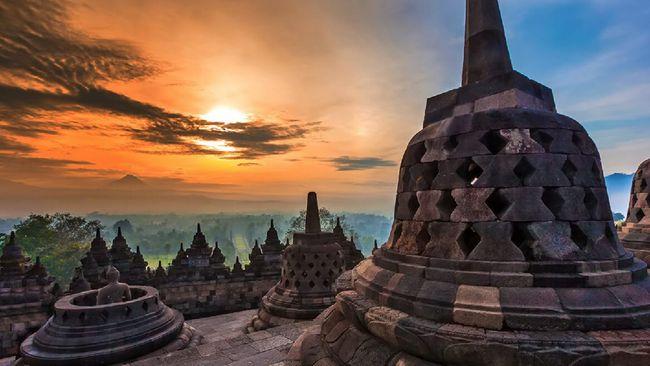 Pengunjung Candi Borobudur pada 2019 tercatat 8.000 orang per hari, padahal idealnya hanya mampu menampung maksimal 128 orang.