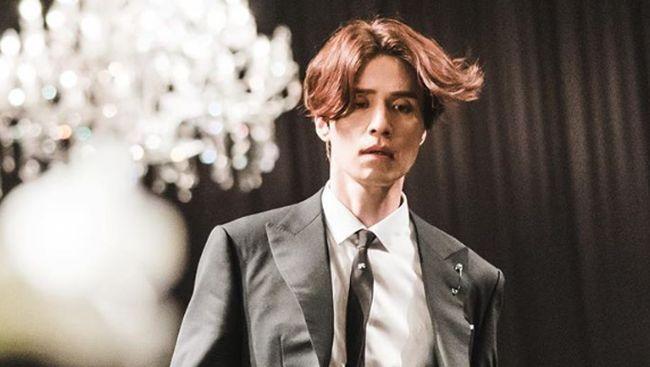 Tale of the Nine-Tailed menjadi drama Korea pertama yang menampilkan sosok gumiho laki-laki. Berikut sinopsis Tale of the Nine-Tailed.
