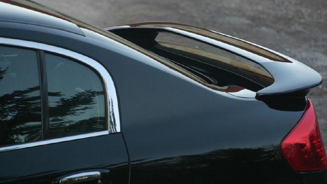 Spoiler punya fungsi yang tidak banyak orang tahu. Berikut fungsi dari spoiler pada mobil.