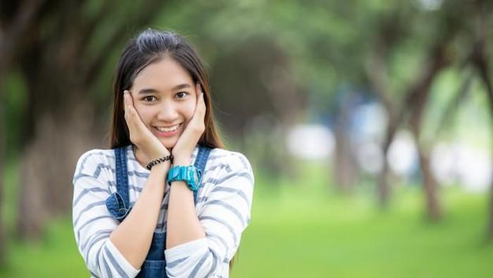 Jangan Salah Cara, Ini Tips Atasi Jerawat untuk Remaja