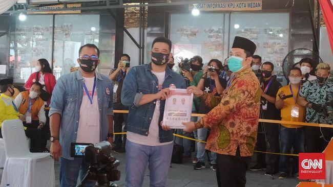 Ketua KPU Medan mengatakan berdasarkan hasil rapat pleno atas status pendaftaran Bobby-Aulia, maka berkas syarat pencalonan bapaslon itu dinyatakan lengkap.