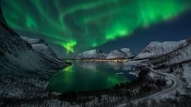 Berlomba-lomba Beri Nama Aurora Borealis
