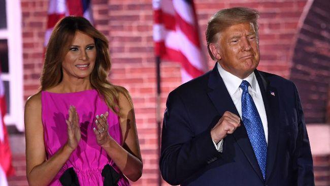 Warganet mengeluarkan komentar beragam usai Presiden AS Donald Trump dan istrinya positif Covid-19 dan jalani karantina mandiri.