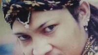 <p>Foto saat Limbad bergaya bak pendekar. Wajahnya terlihat muda dan tidak sangar kan? he-he-he. (Foto: Instagram @limbadindonesia)</p>