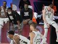 FOTO: Nasib Tragis Milwaukee Bucks di NBA