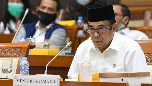 Menteri Agama Fachrul Razi bakal menerbitkan aturan ibadah Natal di tengah corona pada pekan ini.