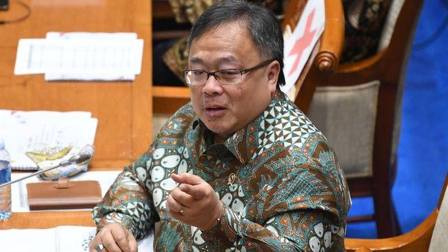 Menristek Bambang Brodjonegoro menyebut Obat Modern Asli Indonesia (OMAI) tidak diresepkan oleh dokter karena komitmen dengan perusahaan farmasi tertentu.
