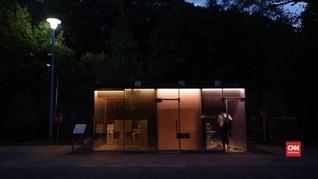 VIDEO: Mengintip Toilet Transparan di Tokyo