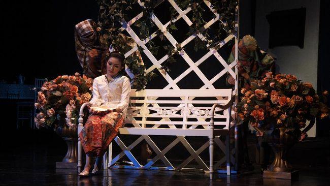 Pertunjukan sandiwara Betawi Cinta Dasima yang diproduksi oleh Teater Abnon akan ditayangkan streaming pada akhir pekan ini, Sabtu dan Minggu pukul 15.00 WIB.