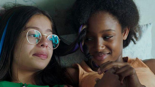 Film Cuties menuai kontroversi soal eksploitasi anak, berikut sederet film kontes anak-anak lainnya.