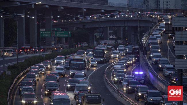 PSBB DKI Jakarta akan diberlakukan selama dua pekan ke depan, dan akan dievaluasi pelaksanaannya untuk memutuskan kelanjutan PSBB selanjutnya.