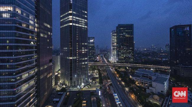 Perkantoran jadi klaster tersendiri di DKI Jakarta. Menyumbang banyak kasus sejak PSBB Transisi diberlakukan. Pemilihan aspek ekonomi dinilai jadi penyebab.