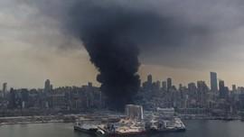 FOTO: Kebakaran di Libanon dari Gudang Bantuan Korban Ledakan