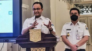 Anies Perpanjang PSBB Jakarta hingga 8 Februari 2021