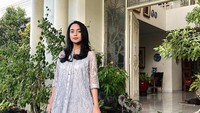 <p>Selain memiliki wajah yang cantik, ternyata Kaneishia juga jago nyanyi lho. Dia pernah ikut ajang The Voice Kids Indonesia pada 2016 lalu, Bunda. [Foto: Instagram Kaneishia]</p>