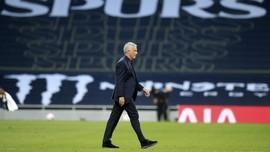 Tottenham Pecat Mourinho