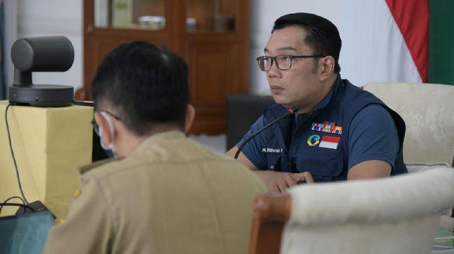 Gubernur Jabar Ridwan Kamil beserta lima kepala daerah wilayah Bogor, Depok, dan Bekasi sepakat menerapkan PSBM untuk mendukung PSBB di Jakarta.