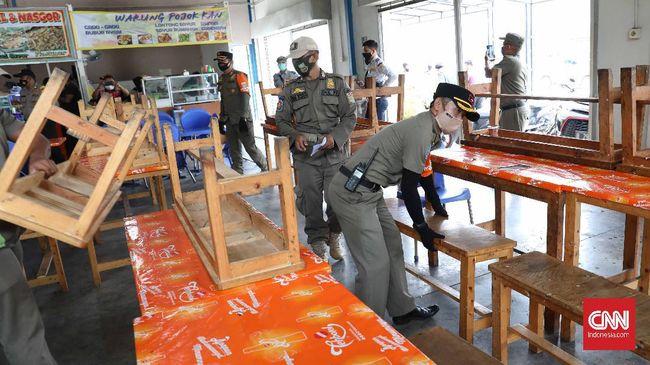 Polda Metro Jaya menyatakan telah menutup 23 restoran yang ketahuan melanggar protokol kesehatan di masa PSBB jilid II di Jakarta.