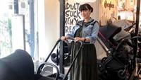 <p>Nah belum lama ini, Zaskia Gotik belanja kebutuhan calon bayinya, Bunda. (Foto: Instagram @zaskia_gotix)</p>