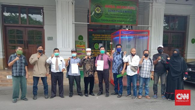 GNPF Ulama mengajukan gugatan ke Pengadilan Negeri Medan karena cemas kasus corona makin tak terbendung jika pilkada dilanjutkan.