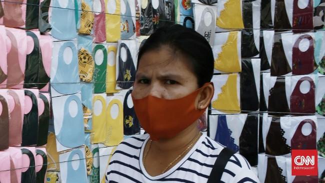 Masker scuba dan buff dianggap tak efektif mencegah penularan virus corona. Keduanya hanya memiliki efektivitas sebesar 0-5 persen.
