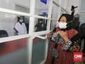 Risma Buka Lab Tes Swab Gratis untuk Warga Surabaya