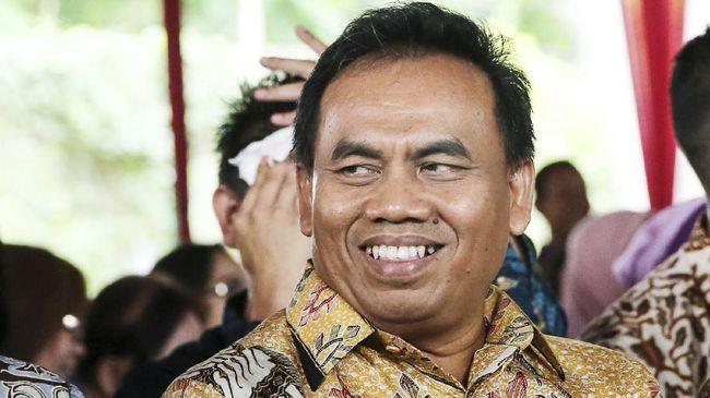 Berita Sekda DKI Jakarta Saefullah meninggal akibat Covid-19 membuat warganet berduka.