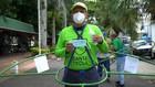 VIDEO: Promosikan Social Distancing Dengan Hula Hoop