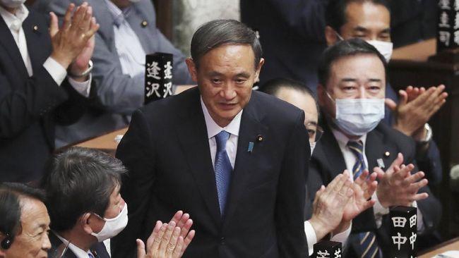 Parlemen Jepang memilih Yoshihide Suga sebagai Perdana Menteri Jepang. Dengan begitu Suga resmi menjadi PM Jepang yang baru menggantikan Shinzo Abe.