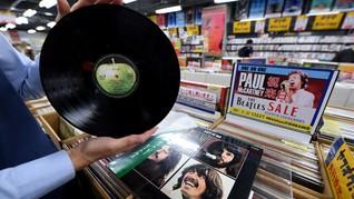 The Beatles Akan Rilis Buku di Balik Pembuatan Album Terakhir