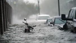 BMKG Waspadai Duet Musim Hujan dan La Nina Desember-Februari
