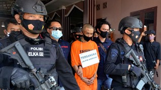 Berkas Penusuk Ali Jaber Dilimpahkan, Ibunda Ikut Diperiksa