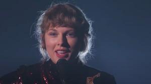 Taylor Swift Pecahkan Rekor Whitney Houston di Billboard 200