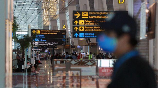 Garuda Indonesia dan Citilink membebaskan biaya refund tiket bagi penumpang yang terdampak kemacetan kepulangan Rizieq Shihab, Selasa (10/11).