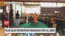 VIDEO: Polisi Gelar Rekonstruksi Penusukan Syekh Ali Jaber