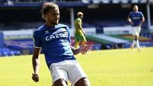 Calvert-Lewin, Bomber Everton Ikuti Rooney dan Lewati Salah